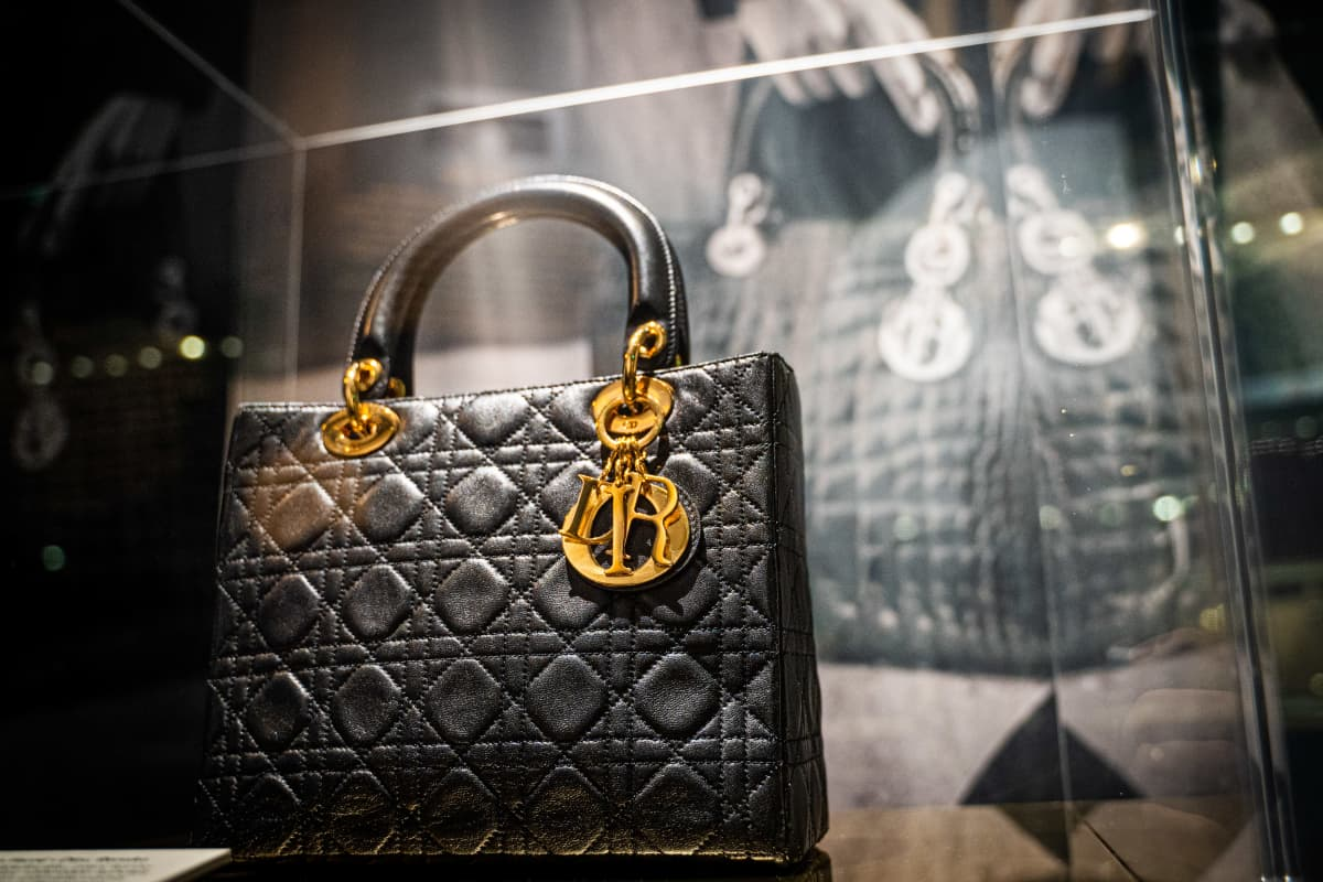 Lady Dior -laukku