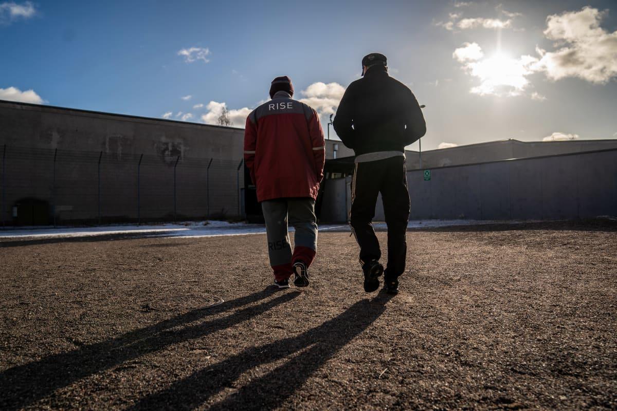 Vangit ulkoilee Riihimäen vankila
