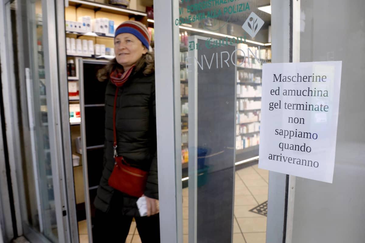 Milanossa apteekeista ovat hengityssuojat sekä desinfiointiaineet loppuneet.