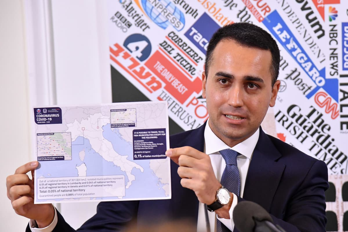 Italian ulkoministeri Luigi Di Maio kertoi torstaina ulkomaantoimittajien yhdistyksen tilaisuudessa, että koronaviruksesta on liikkeellä vääriä tietoja.