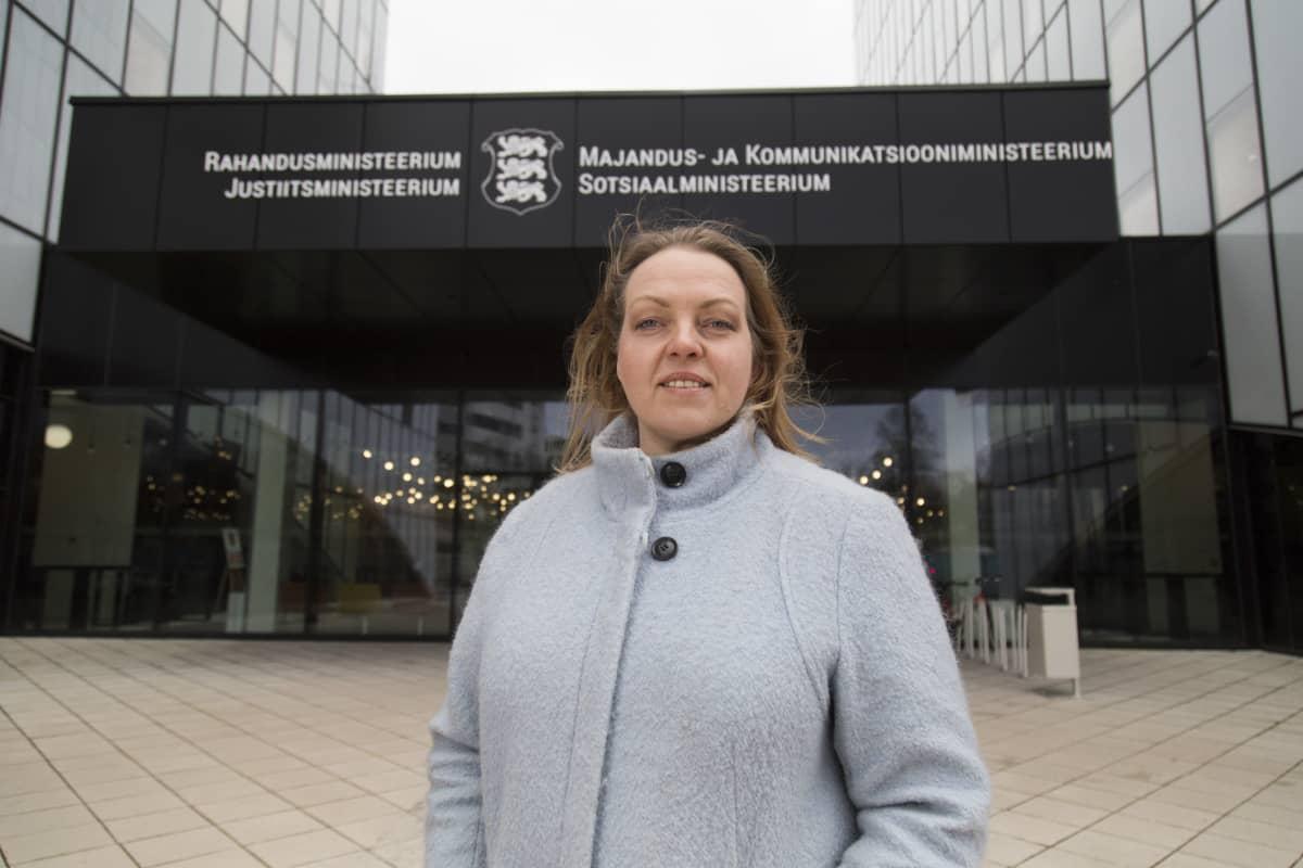Triinu Täht , Sosiaaliministeriön Kansanterveyden Asiantuntija , Tallinna