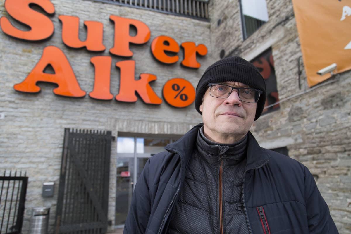 Imre Poll , Super Alkon Johtaja , Tallinna