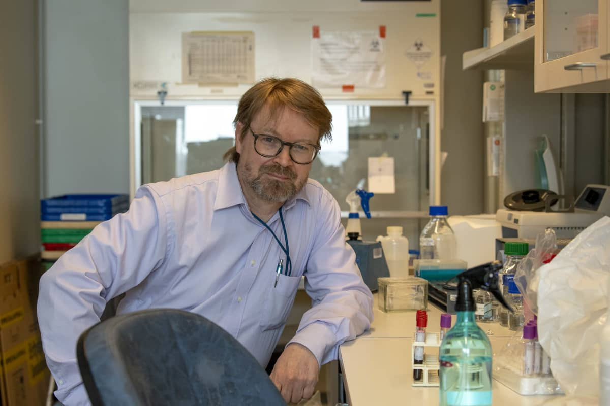 Virologian professori Olli Vapalahti.