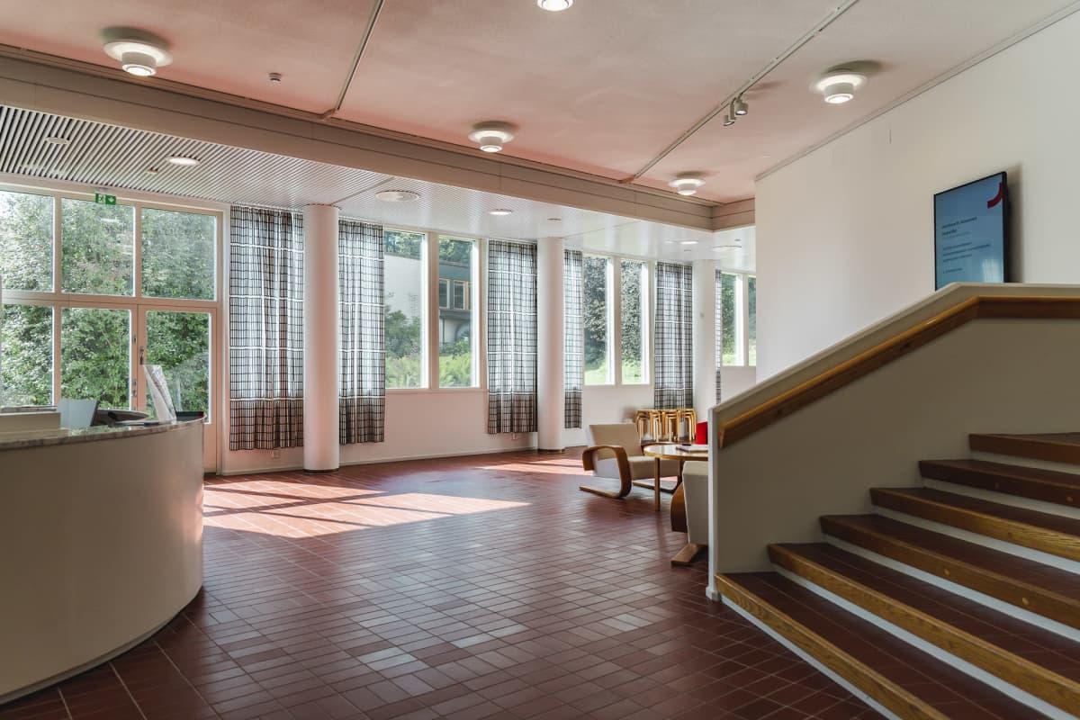 Keski-Suomen museon aula.