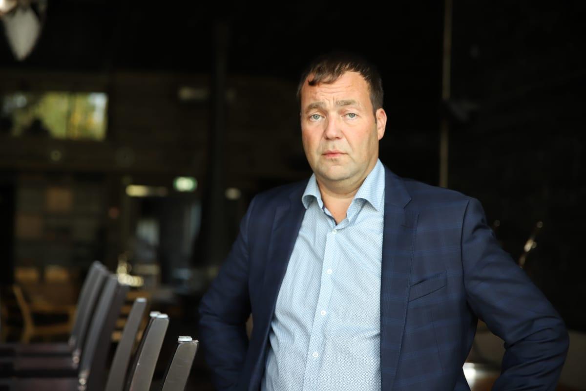 Santapark Oy:n toimitusjohtaja Ilkka Länkinen kiinniolevassa ravintolassaan syyskuussa 2020