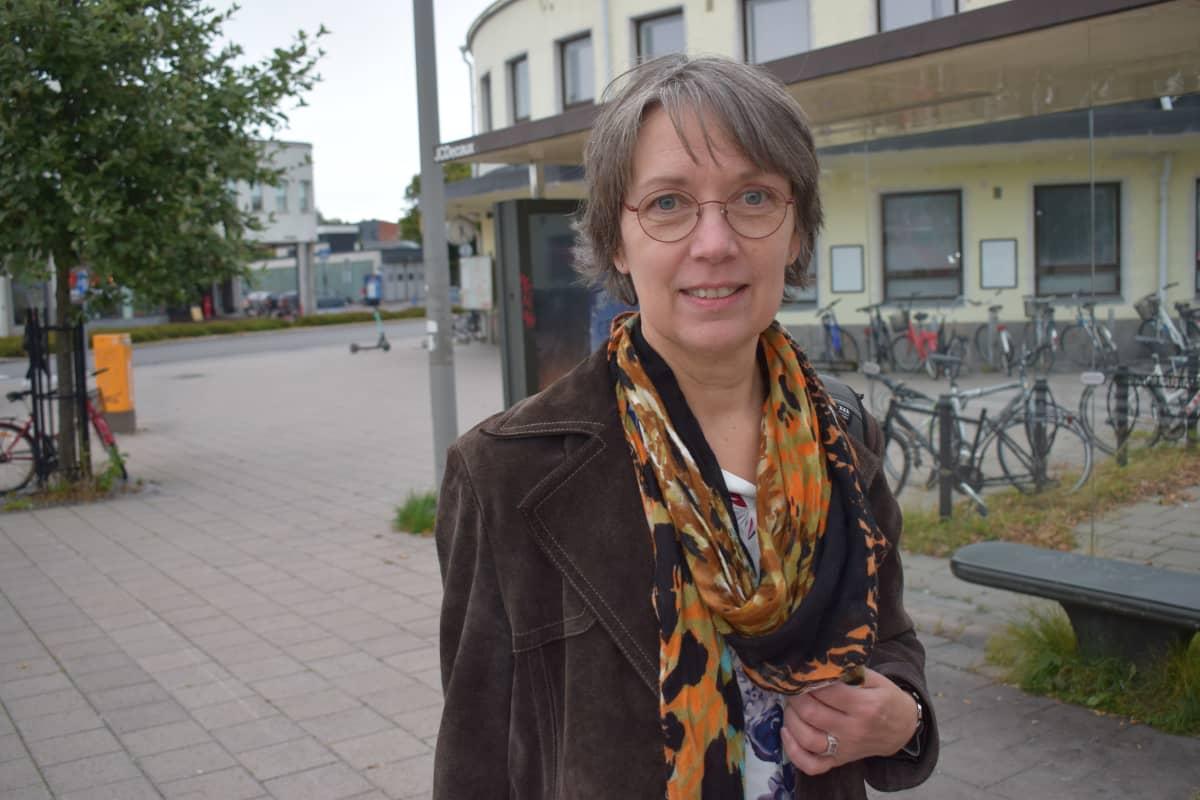 Marja-Leena Paakkunainen oli matkalla Ruotsiin.