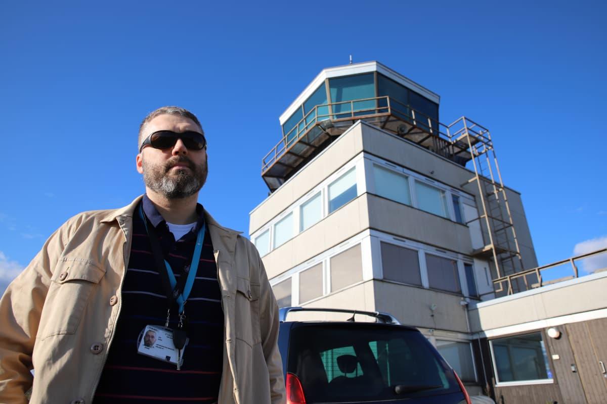 Porin lentoaseman apulaispäällikkö Kai Ilkka