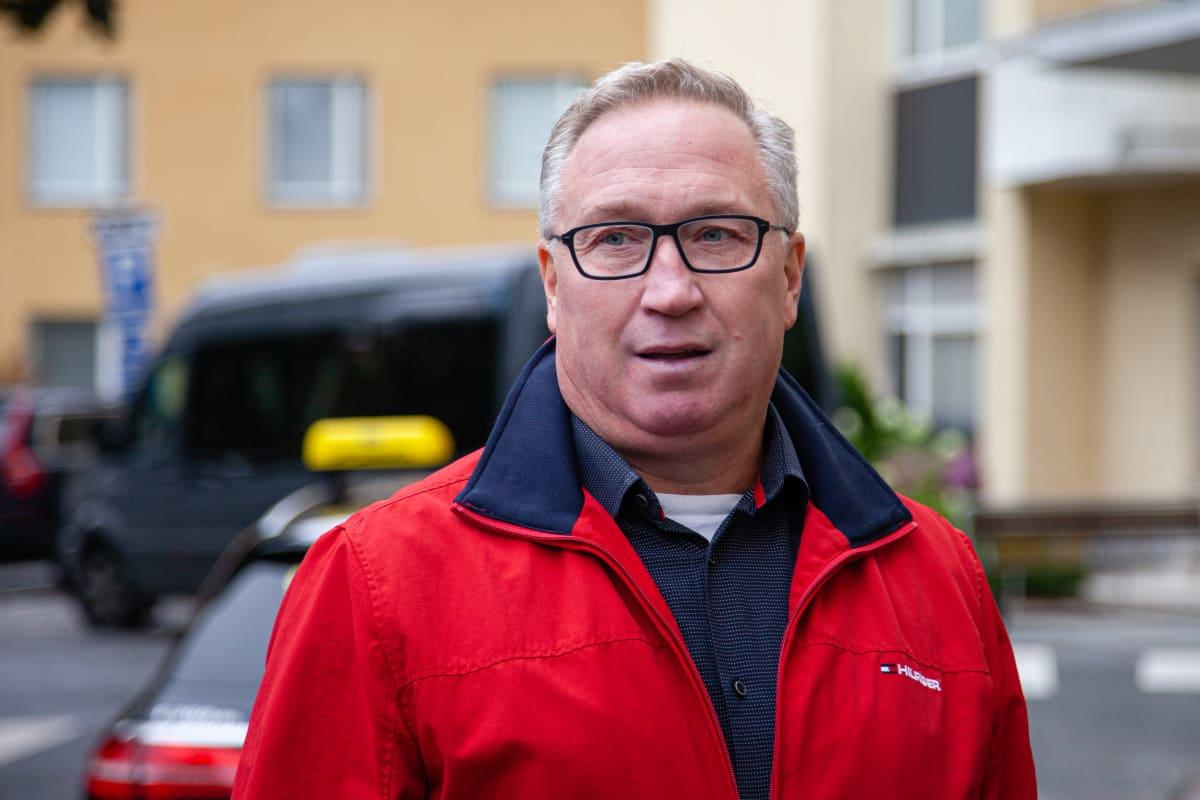 Taksi Saimaan toimitusjohtaja Jyrki Sivonen