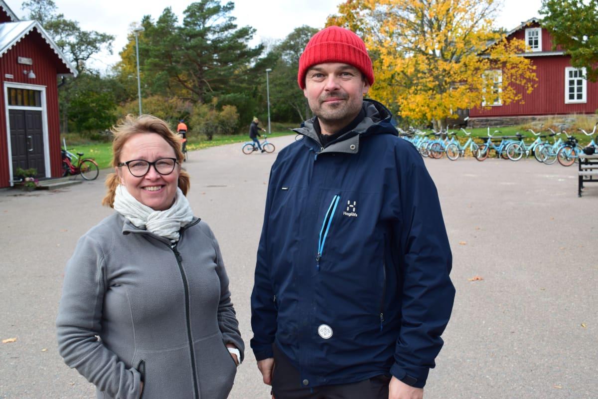 Nina Liski-Tirkkonen ja Janne Tirkkonen ovat Örön yrittäjät.