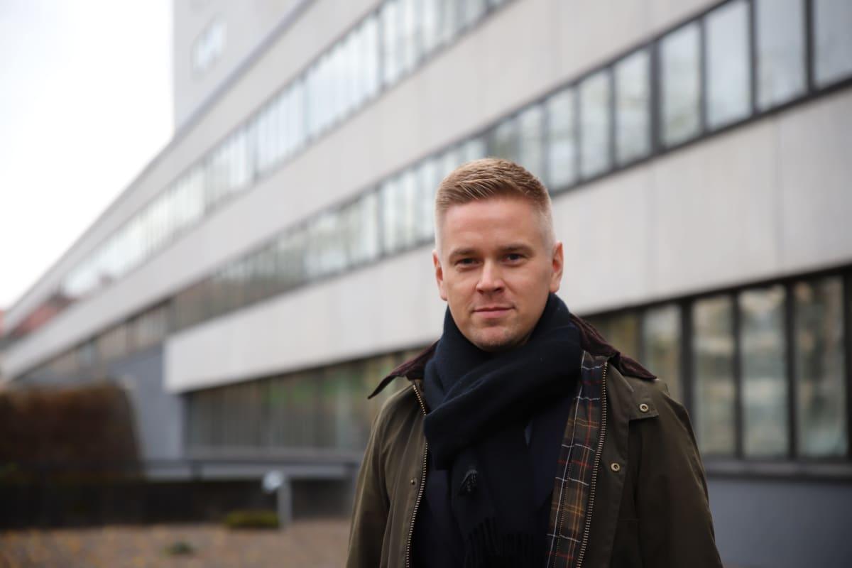 Mehiläisen perusterveydenhuollosta vastaava johtaja Joonas Turunen.