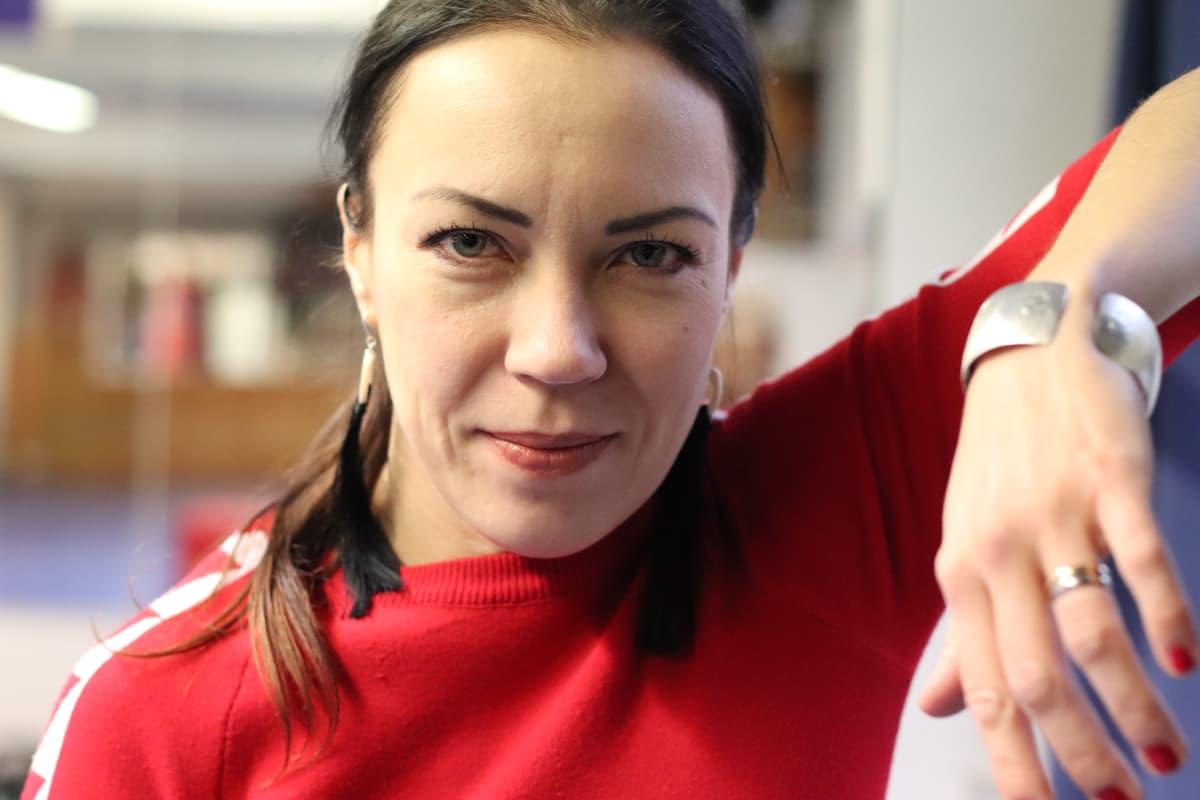 Kirjailija ja thainyrkkeilijä Inga Magga