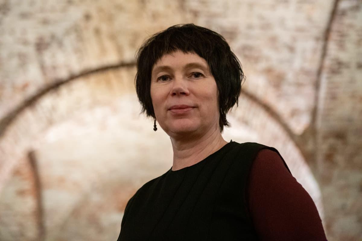 Johanna Sumiala. Media-antropologiaan erikoistunut viestinnän apulaisprofessori Helsingin yliopistosta. Ars Moriendi 2020 -festivaalilla.
