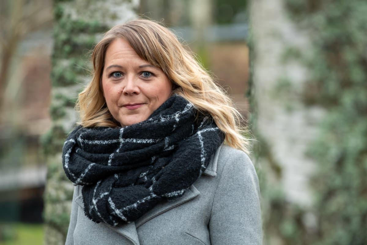Verkkokriisityön päällikkö Satu Sutelainen.