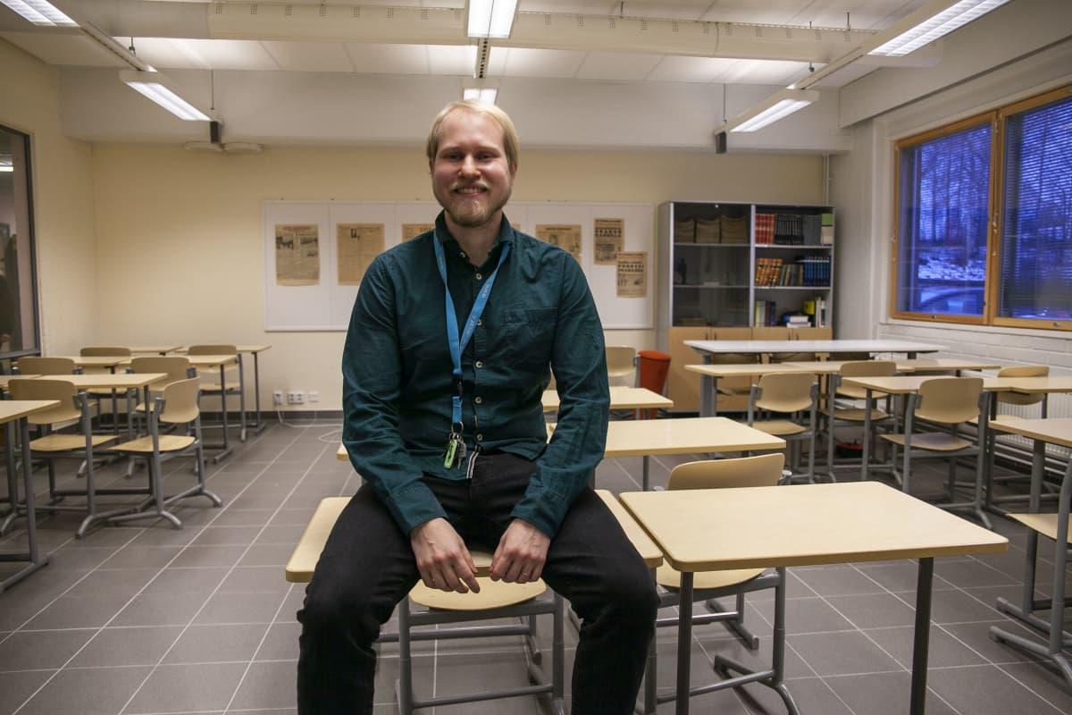 SAMI KUMPULAINEN, historian ja yhteiskuntaopin opettaja, Siilinjärven lukio