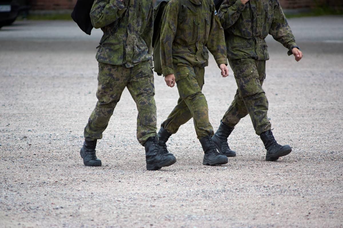Suomen puolustusvoimien alokaskoulutus Santahaminassa