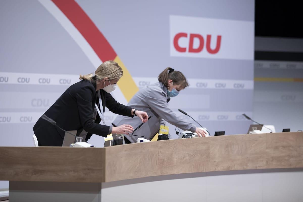 Berliinissä valmisteltiin toissapäivänä tiloja kristillisdemokraattien etäpuoluekokousta varten.