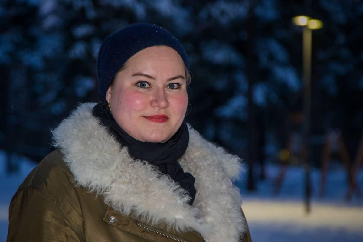 Potrettikuvassa Anni Wessman, kansainvälisten asioiden päällikkö, Apfi