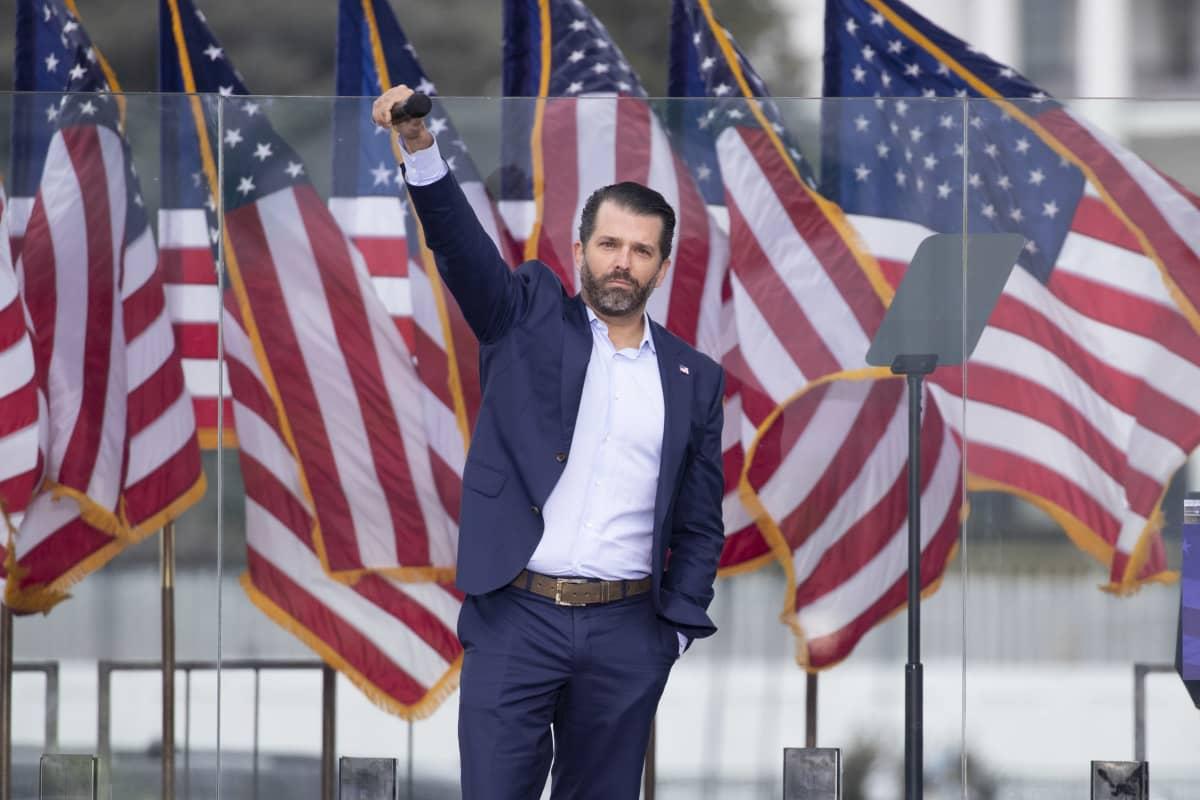 Trumpin poika Donald Jr. pitää puhetta loppiaisena Washingtonissa.