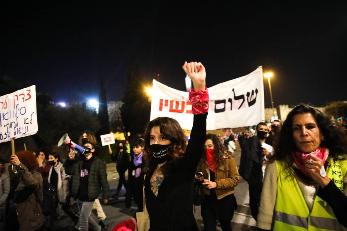 Jerusalemissa osoietttiin mieltä tammikuun lopussa pääministeri Benjamin Netanjahun hallituksen koronatoimien puutteita vastaan.