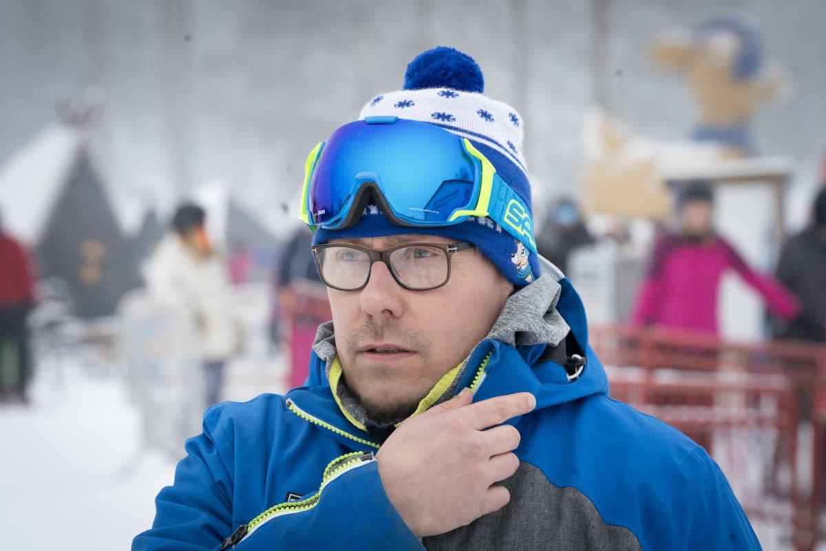 Peuramaa hiihtokeskuksen toimitusjohtaja Janne Uotila