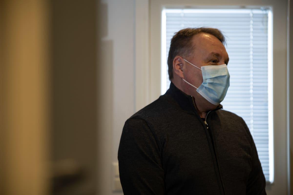 Risto Karjalainen henkilökuvassa.