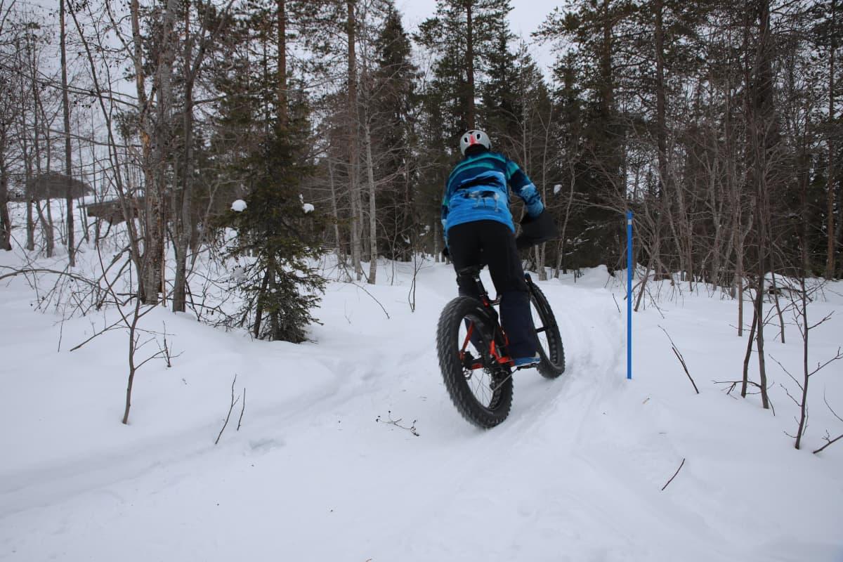 Talvipyöräily on suosittu vapaa.ajan harrastus
