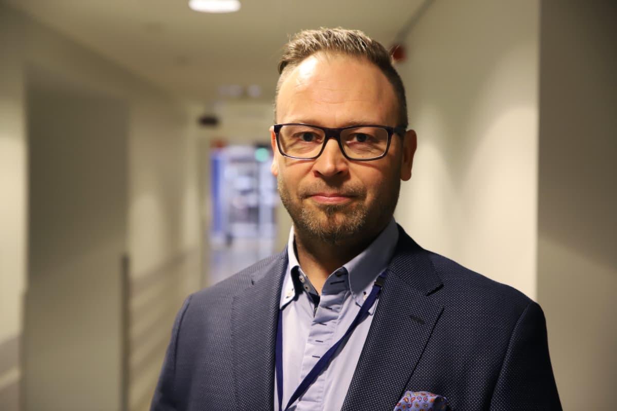 Aki Ahonen, Terveystalon Turun seudun aluejohtaja.