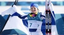 Криста Пярмякоски завоевала серебряную олимпийскую медаль на лыжном марафоне