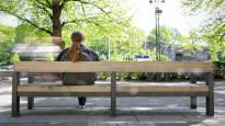 Yksinäisyys on elimistölle kuin 15 tupakkaa päivässä – toisten seurassa ihminen kylpee hyvissä hormoneissa