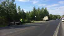 9-tie oli poikki useita tunteja onnettomuuden takia: 4 loukkaantunut Orivedellä raskaan ajoneuvon ja kahden auton kolarissa