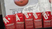 Доноров крови на четверть меньше обычного – причина в жаркой погоде