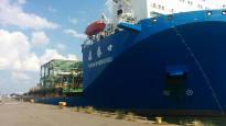 Belgialaisyhtiö investoi lähes 50 miljoonaa euroa Haminan satamassa – kerrostalon kokoiset öljyteollisuuden osat kulkevat Suomen kautta