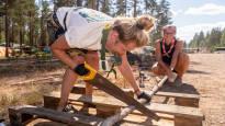 Näin pärjätään helteessä yli viidentuhannen partiolaisen Kliffa-leirillä – juomavettä kuluu 22 000 litraa päivässä ja uimavuorot jaetaan minuuttiaikataululla