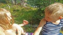 Äidit suosivat tyttäriä ja isät poikia – vanhemman oma sukupuoli vaikuttaa suhtautumiseen enemmän kuin muut tekijät