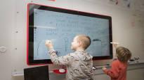 Kuuleeko Lapinjärvi, kysyy opettaja oppilailtaan 500 kilometrin päässä – ainutlaatuinen videokokeilu pelasti kyläkoulun pienessä Kannuksen kunnassa