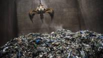 Jätteiden mukana palaa miljoonien edestä arvokkaita metalleja – tutkijat löysivät menetelmän, jolla ne voidaan saada talteen tuhkasta
