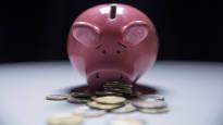Suomalainen suosii eniten säästämistä vaurastuakseen – myös lottovoitto tai rikas puoliso kelpaisivat mainiosti
