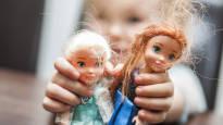 Joulu tuo muovilelujen vyöryn monen lapsiperheen kotiin – kerro, miten teidän perheessä pidetään lelujen määrä kurissa