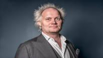 Jani Halmeen kolumni: Miljoonayleisöjä on vaikea saavuttaa, joten televisiossa ei sovi paljon peruspieruhuumoria rohkeampi olla