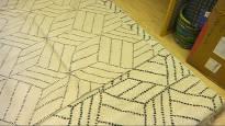 Suosittu design-matto ei saanut tekijänoikeuslain suojaa – geometrinen kuutiokuvio ei ole riittävän omaperäinen
