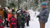 Ilmastokriisin lapset oppivat ekotaitoja jo eskarissa – ympäristökasvatus rakentaa seuraavasta sukupolvesta edellistä viisaampaa