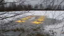 Ei, jään alle ei ole laskeutunut ufoja: nyt tutkitaan, voiko led-valaistus vauhdittaa jätevedenpuhdistusta