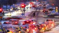 Analyysi: Polttoaineveroja pitää korottaa roimasti, mutta päättäjät eivät uskalla sanoa sitä ääneen – Pelkona autoilevan äänestäjän kosto