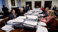 Vauhti kiihtyy sote-jumpassa: Perustuslakivaliokunta huhki ylimääräisessä kokouksessa illalla, mutta valmista ei tullut