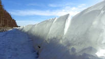 Jäät ottivat varaslähdön Päijänteellä – katso huikea kuva rantaan muodostuneesta muurista