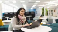 Jenna Salo palasi etätöistä työpaikalle, kun tilat pantiin uusiksi – tutkimusten mukaan tuottavuus kasvaa, kun työhyvinvointiin satsataan