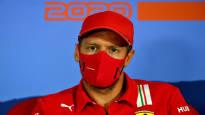 """Hehkutettu Sebastian Vettel syrjäytettiin tylysti – Ferrarin tallipomo myönsi yllättävän täyskäännöksen: """"Hän ei ole täysin tyytyväinen"""""""