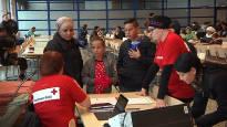 Иммиграционная служба закрывает три центра по приему беженцев и сокращает места в остальных