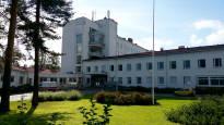 Lakimuutoksen seuraukset Kouvolassa: Sairaalan osastoja on jouduttu sulkemaan, koska lääkäreitä ei ole