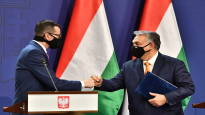 Puola kiistää tehneensä U-käännöksen riidassa EU:n budjetista ja oikeusvaltioperiaatteesta